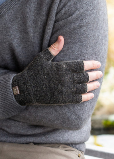 possum merino polyprop gloves black marl ecowool