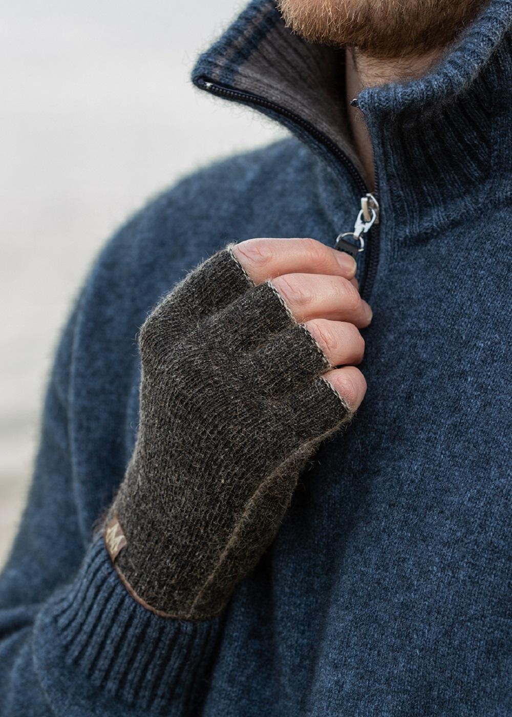 possum merino polyprop fingerless glove black marl - ecowool